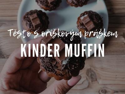 Kinder Muffin z těsta z oříškového prášku.