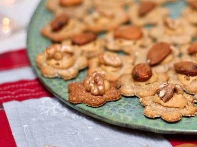 Zdravé vánoční cukroví: Ořechové kytičky