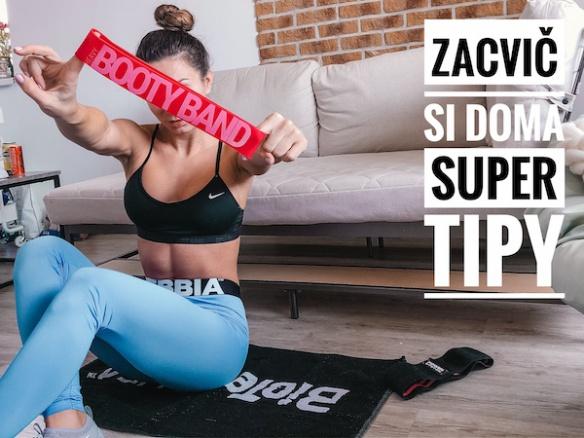Jak cvičit v karanténě? Nejlepší tipy pro domácí cvičení. Celá tréninková videa.