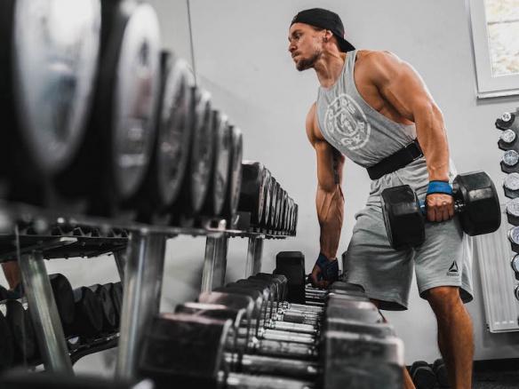 Jak odjet trénink pod maximálním napětí doma? Máme pro vás tipy, jak zefektivnit cvičení.