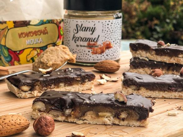 Domácí energetické čokoládové tyčinky