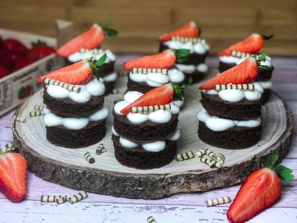 Mini fit dortíky. Zdravý jednoduchý zákusek.
