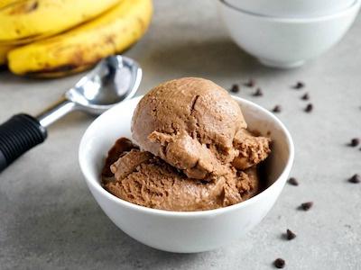 Recept: Domácí proteinová zmrzlina.