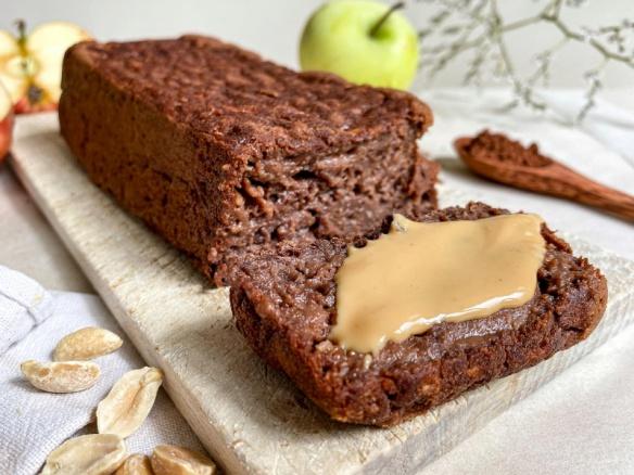 Fit vegan kakaový jablečný chlebíček